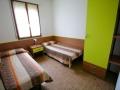 camera doppia appartamento trilocale con giardino comune residence acquaverde bibione